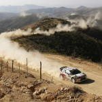 Rally Italy: Ogier stays on top