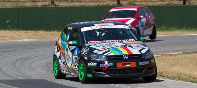 Hurley claims the 2014 Comsol VW Challenge class A title
