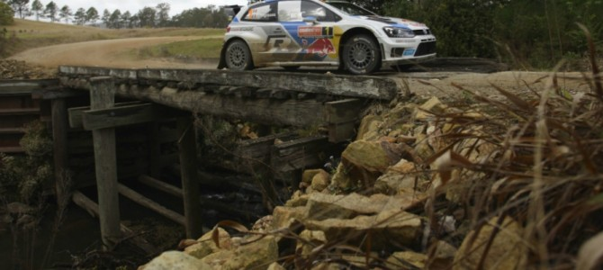 Ogier holds on as Latvala attacks