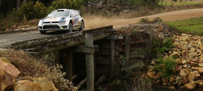 Ogier leads Latvala and Mikkelsen – Volkswagen continues to dominate in Australia