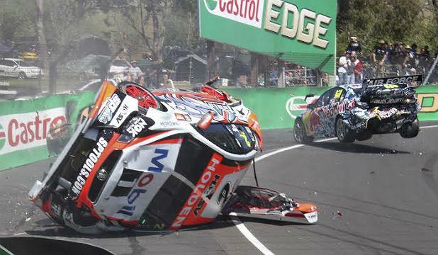Craig Lowndes and Warren Luff  Bathurst crash