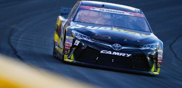 Carl Edwards holds off Greg Biffle to win NASCAR's Coca-Cola 600