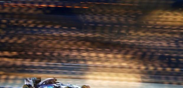 F1 British Grand Prix: Hamilton powers to British Grand Prix pole