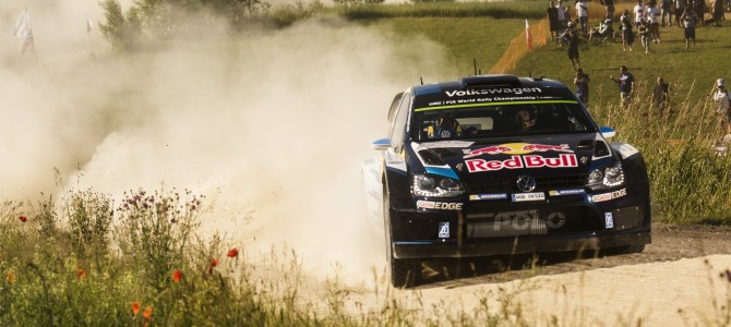 Ogier makes his move on SS6 in Poland