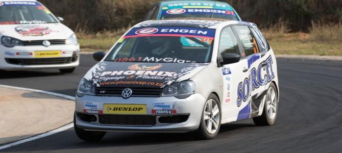 Engen Volkswagen Cup racers battle the track at Dezzi Raceway