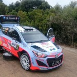 Neuville rues early error in Corsica