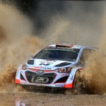 Wales Rally GB: Neuville steps back with eye on 2016