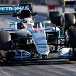 F1 Australian GP: Hamilton on pole amidst qualifying shambles
