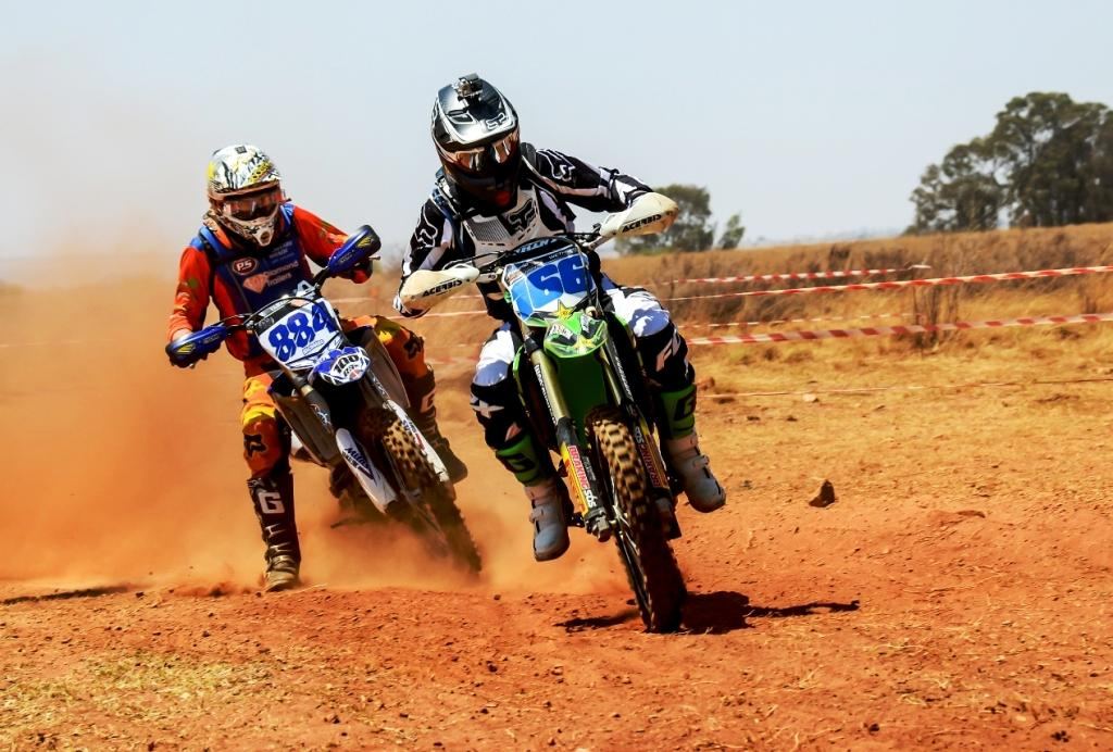Offroad Motorcycle Racing Action at Rysmierbult