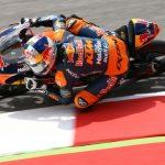 Moto3 Mugello: Binder wins frantic battle in Italy