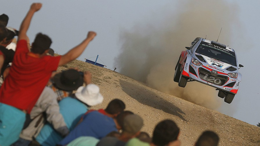ThierryNeuville-Italy-