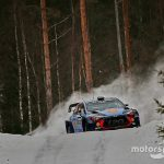 Sweden WRC: Neuville increases lead, Meeke crashes