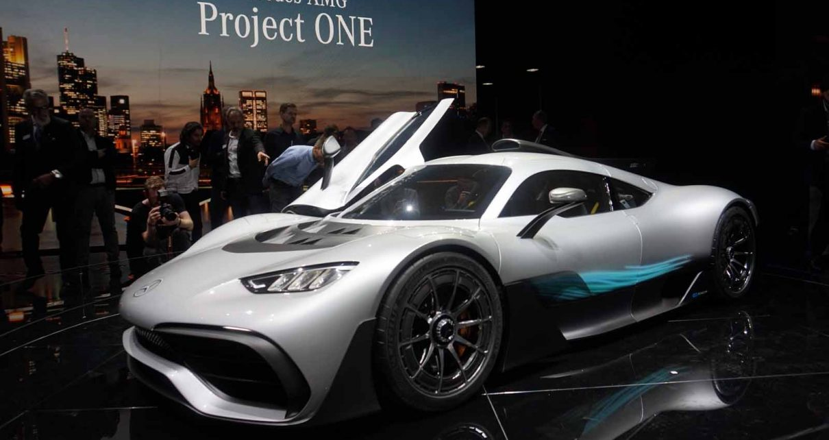 mercedes amg project one brings formula 1 tech to the road autos post. Black Bedroom Furniture Sets. Home Design Ideas