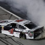Harvick scores one for the old guard at Atlanta