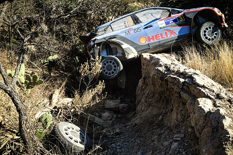 hyundai criticises thierry neuville for wrc rally mexico crash rallystar. Black Bedroom Furniture Sets. Home Design Ideas