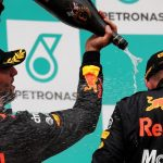 Lewis warns Ricciardo not to 'rock the boat' at Red Bull