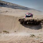 Peterhansel suffers whiplash during Dakar charge