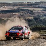 Rally Chile: SS13: LOEB THREATENS OGIER'S POSITION