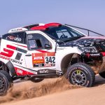 SOLID RED-LINED DAKAR START
