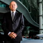 McLaren chief Ron Dennis to leave company when contract expires